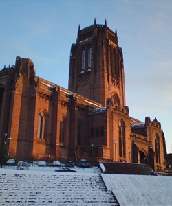 Liverpool Cathedral TOP 5 UK CITIES FOR TOURISTS