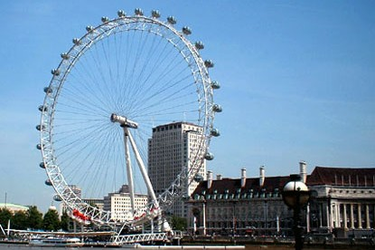 TOP TEN UK ATTRACTIONS TRAVEL GUIDE